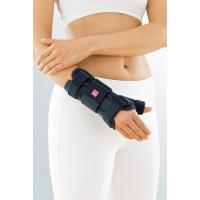 Ортоза за имобилизација на рачен зглоб со палец МанумедТ